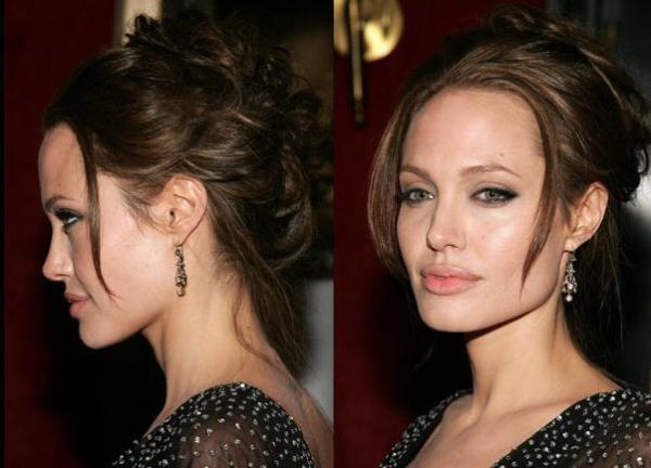 На фото видно, как убранная укладка визуально удлиняет шею, выгодно выделяя область декольте и лицо.