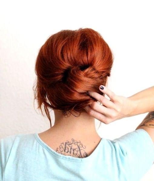 Как сделать небрежную ракушку на длинные волосы: шаг 4
