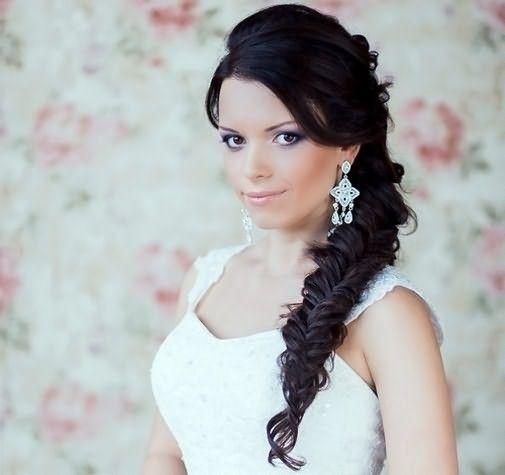 Свадебный вариант косы на бок