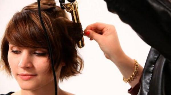 как накрутить короткий волос