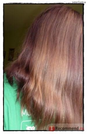 Затылок более фиолетовый, т.к. изначально был темнее