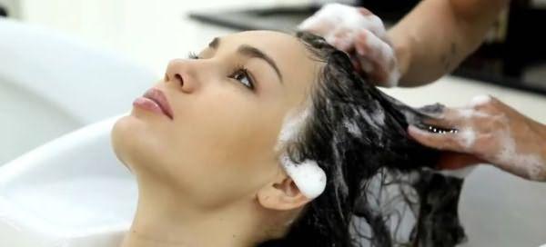 осветление окрашенных волос