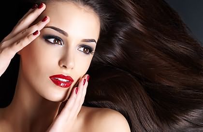Гладкая шелковистая шевелюра – залог яркости и привлекательности любой девушки
