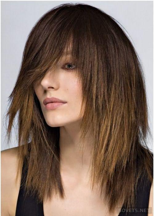 женская стрижка лесенка на средние волосы 2