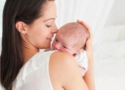 Выпадение волос у кормящей мамы