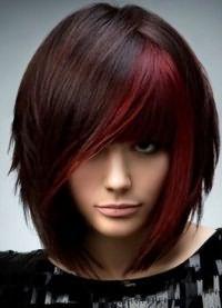 красные пряди на темных волосах 8