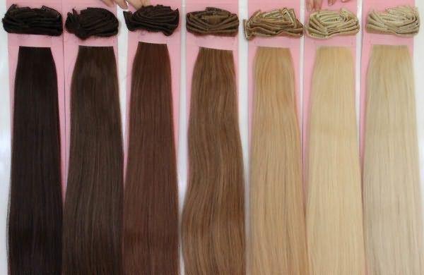 Широкая палитра оттенков позволяет подобрать пряди максимально близко к цвету натуральных волос