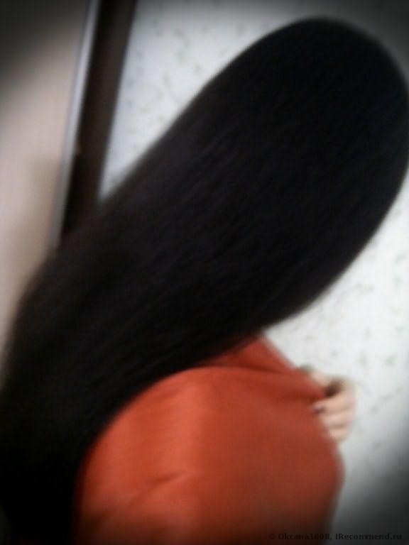 Видим пористость в текстуре волос.