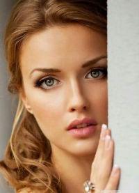 макияж для зеленых глаз и русых волос 3