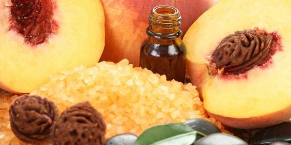 Персики и косметическое масло из них