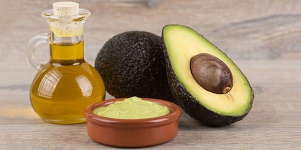 Ингредиенты для маски с авокадо