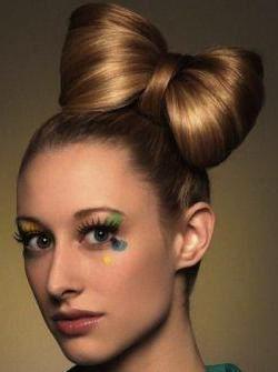 прическа бантик на короткие волосы