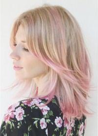 розовые пряди на светлых волосах 3