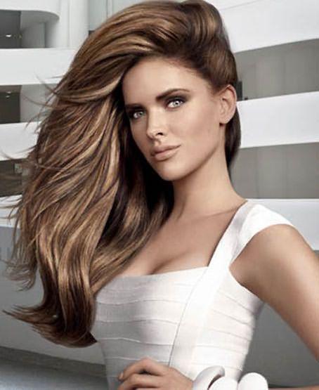 Независимо от цвета, длины и структуры волосы нуждаются в защите при термоукладке