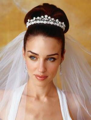 высокие свадебные прически на длинные волосы