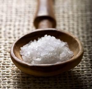 Соль поможет сделать пилинг