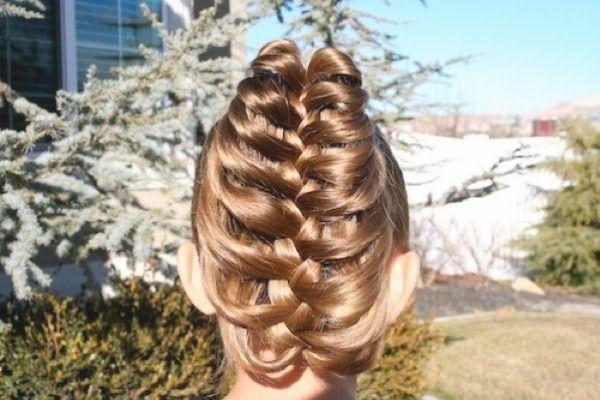 Коса, созданная на основе хвоста