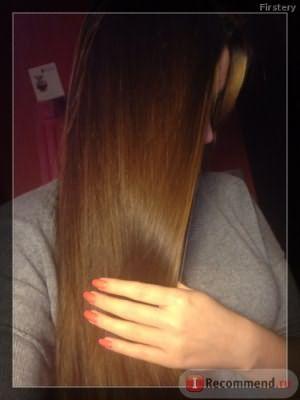 Волосы при свете дневной лампы