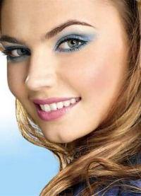 макияж для зеленых глаз и русых волос 8