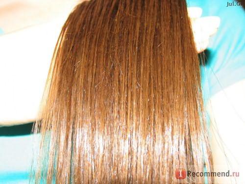 обильное нанесение на сухие волосы