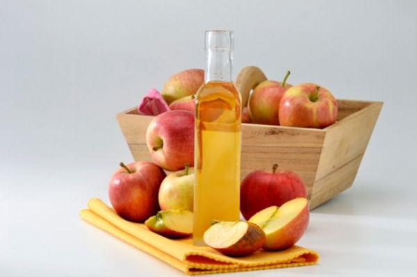 Самостоятельно сделанный яблочный уксус содержит больше витаминов