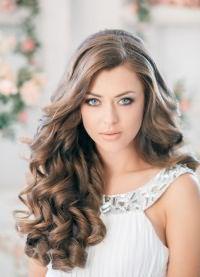 как делать красивые локоны на длинные волосы 2