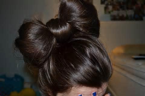 прическа бантик на длинные волосы
