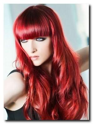 Причёски с чёлкой придадут женственности и очарования образу