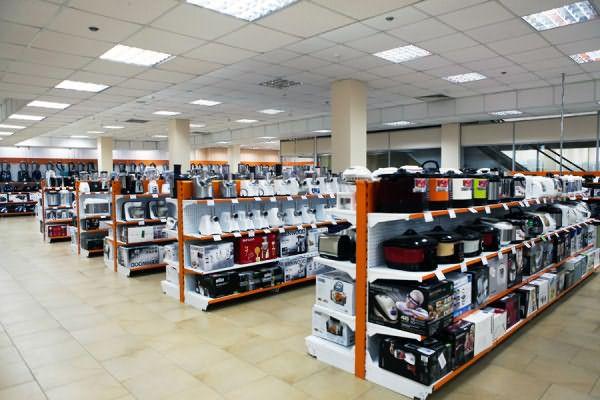 Купить утюжок можно в обычном магазине бытовой техники