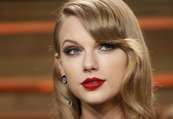Умелые руки стилиста создали облик Тейлор Свифт более чем привлекательным