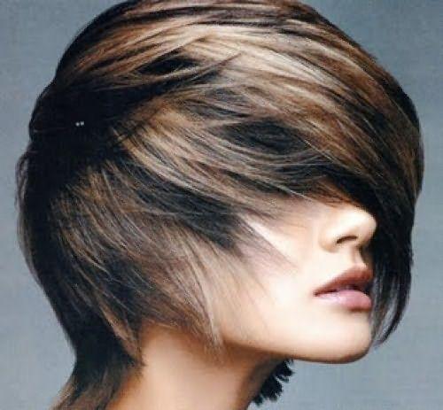 Мелирование добавляет объема темным волосам