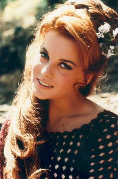600full-ann--margret (454x685, 268Kb)