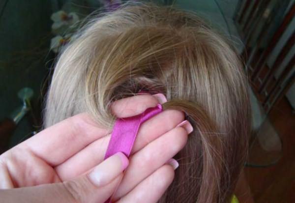 Процесс воссоздания извилистой косы: шаг 2