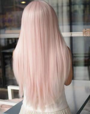 Волосы, окрашенные розовым тоником