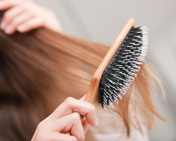 Очень путаются волосы – сменить гребень