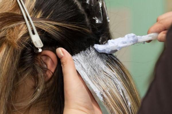покраска сухих волос