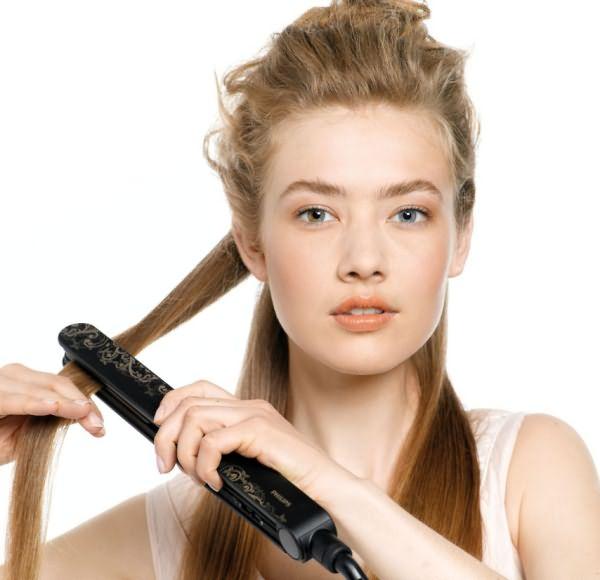 Накрувание волос на утюжок