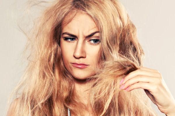 Если структура волос сухая или поврежденная, не стоит проводить химические процедуры
