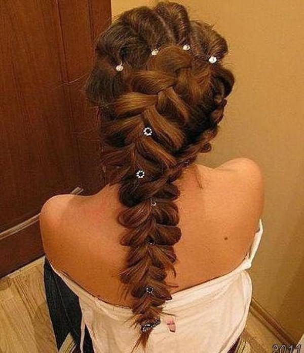 На фото: так выглядит французская коса