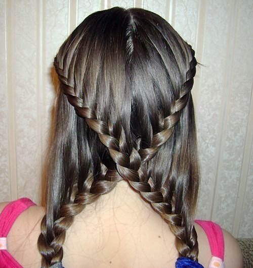 Две перекрещенные косы