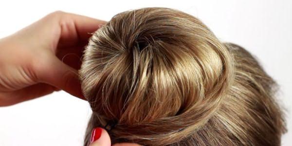 Закрепление кончиков волос шпильками
