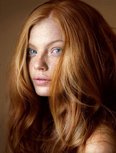 как избавится от голубоватого оттенка на светлых волосах