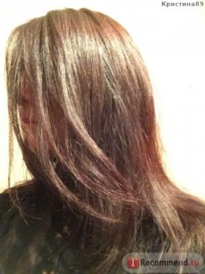 Волосы вечером при комнатном освещении