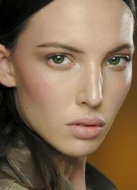 макияж для зеленых глаз и русых волос 1