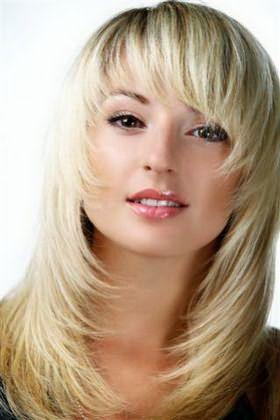 Стрижка Каскад на средние волосы 2014 фото