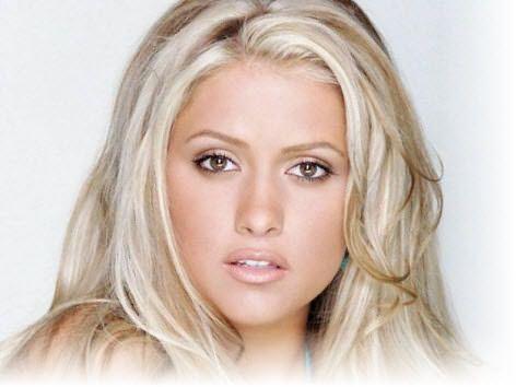 Блондинки во все времена были любимицами сильной половины человечества