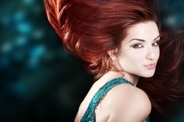 Теперь вы знаете, что значит тонирование волос и как привлекательно оно смотрится