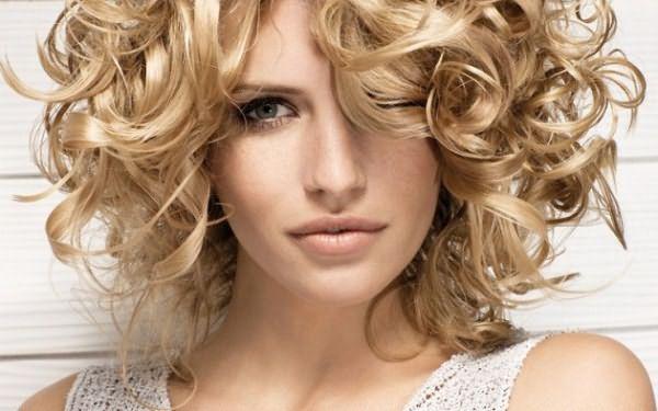 Как вылечить волосы после окрашивания