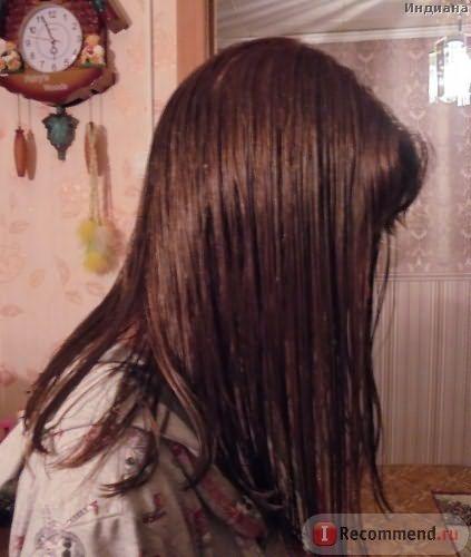 Окрашенные мокрые волосы