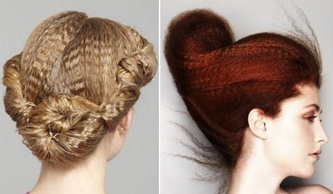 Слева на фото – греческая прическа из гофрированных волос